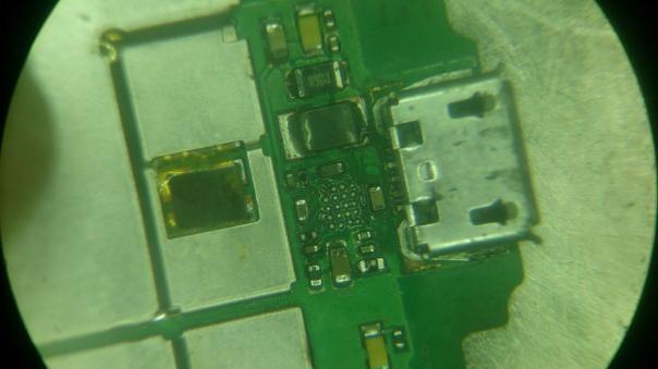 Ремонт Huawei U8860 (Honor) - не заряжается!