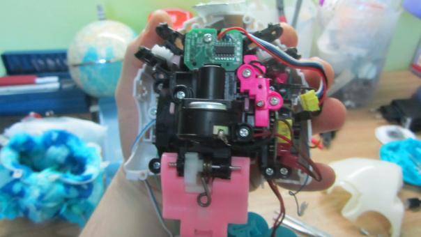 Ремонт детской игрушки Furby BOOM, не двигается и отключается!
