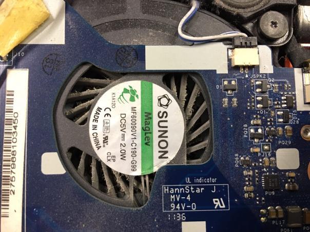 Замена клавиатуры Packard Bell P5WS0 и бонусная чистка с заменой термопасты