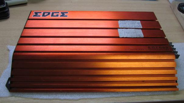 "Ремонт автоусилителя EDGE ED7600-E2 - ""не горит зеленая лампочка""."