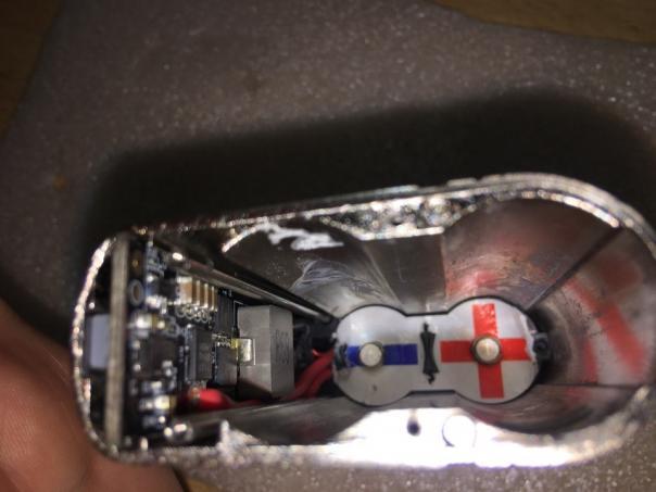Ремонт электронной сигареты - парит не отключаясь!